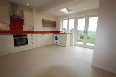 2 Bedrooms Cottage House for rent in Bremhill Calne