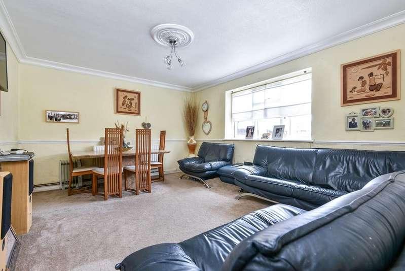 2 Bedrooms Flat for sale in Bryden Close Sydenham SE26