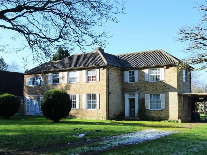 5 Bedrooms Detached House for sale in Digswell Park Road, West Side, Welwyn Garden City