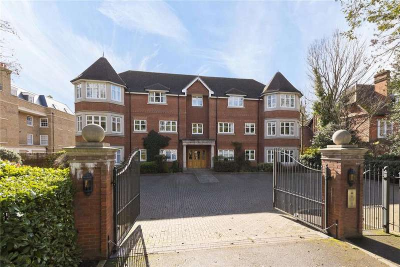 2 Bedrooms Flat for sale in Warbeck House, 46 Queens Road, KT13