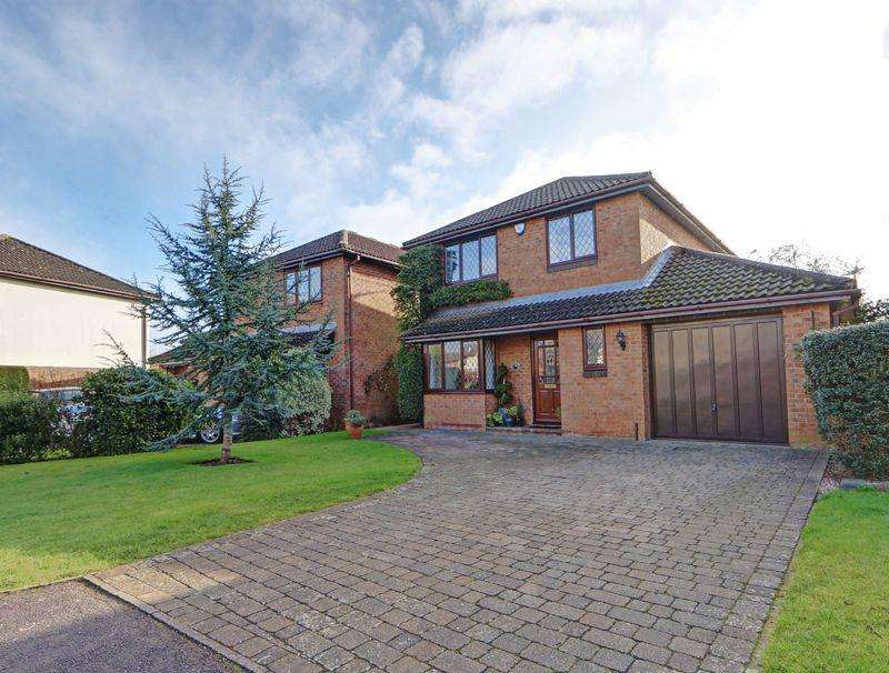 4 Bedrooms Detached House for sale in Fantastic Ferndale, modern and spacious village home