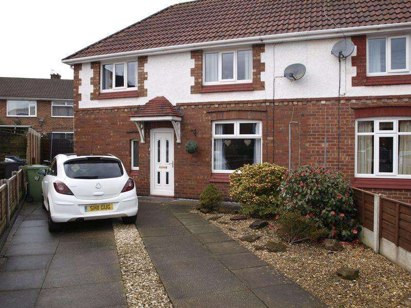 3 Bedrooms Semi Detached House for sale in Griffiths Drive, Northwich, CW9 7LF