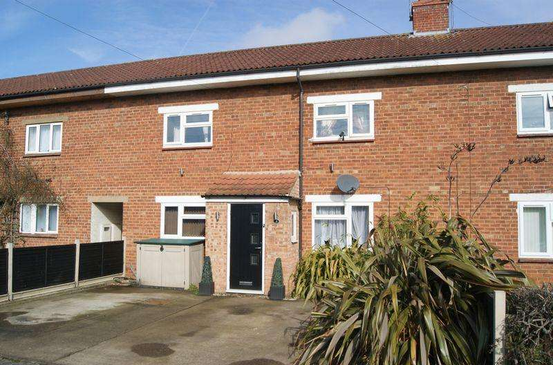 3 Bedrooms Terraced House for sale in Oakleigh Road, Grantham