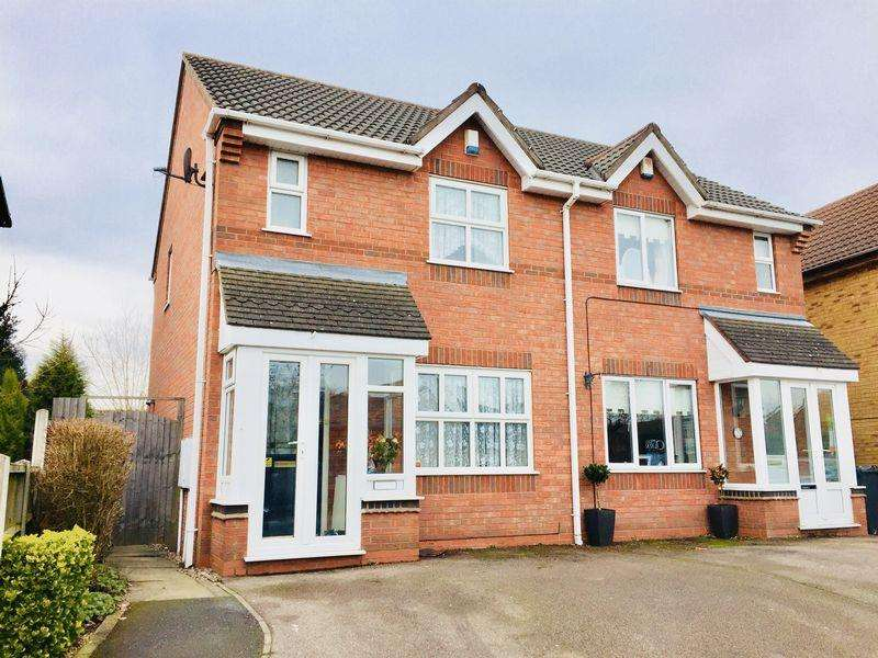 2 Bedrooms Semi Detached House for sale in Clayhanger Lane, Clayhanger, Brownhills