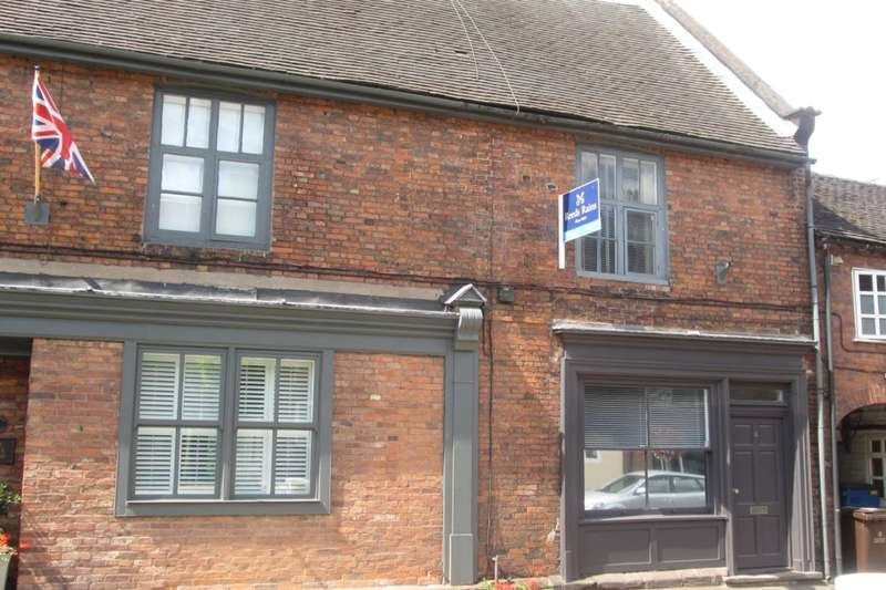 2 Bedrooms Terraced House for rent in Castle Street, Eccleshall, Stafford, ST21