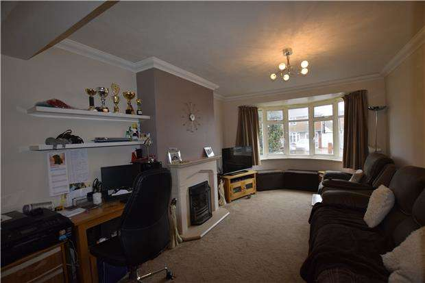 4 Bedrooms Semi Detached House for sale in Marlow Avenue, EASTBOURNE, East Sussex, BN22 8SJ