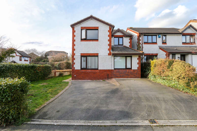 4 Bedrooms Detached House for sale in Churhfields Drive, Bovey Tracey