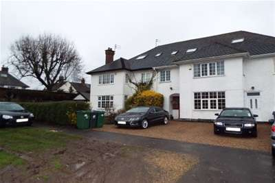 6 Bedrooms House for rent in Grove Road, Loughborough, LE11 3QN