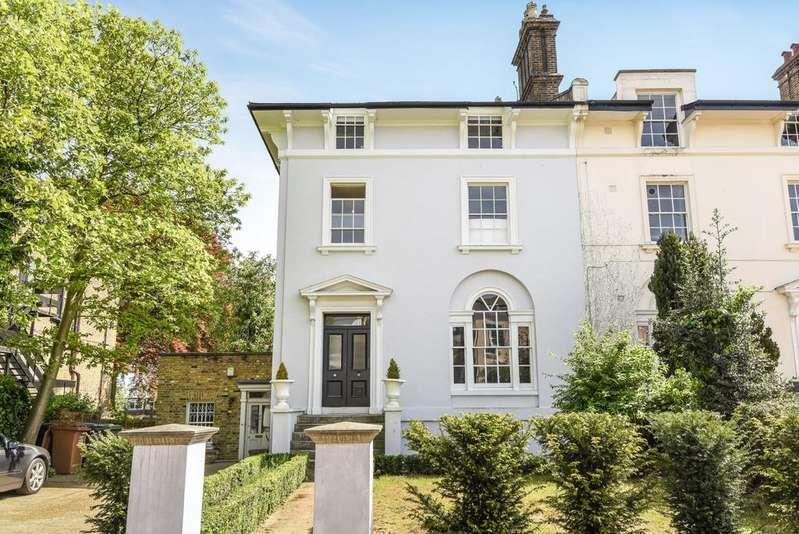 2 Bedrooms Flat for sale in Church Terrace London SE13