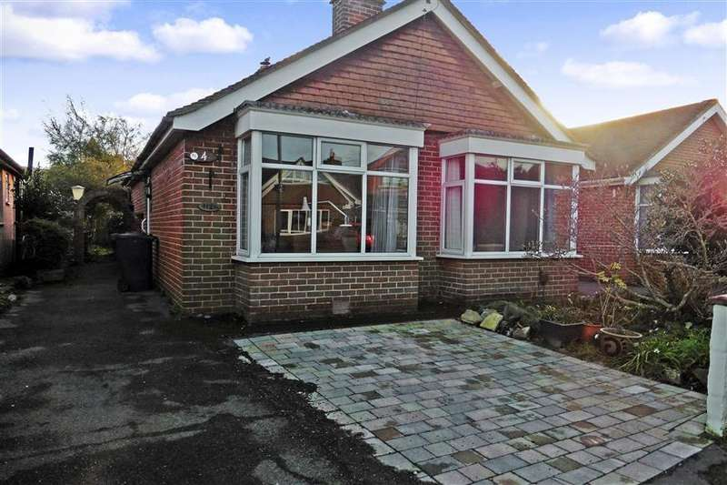 3 Bedrooms Detached Bungalow for sale in St. James Road, Emsworth, Hampshire