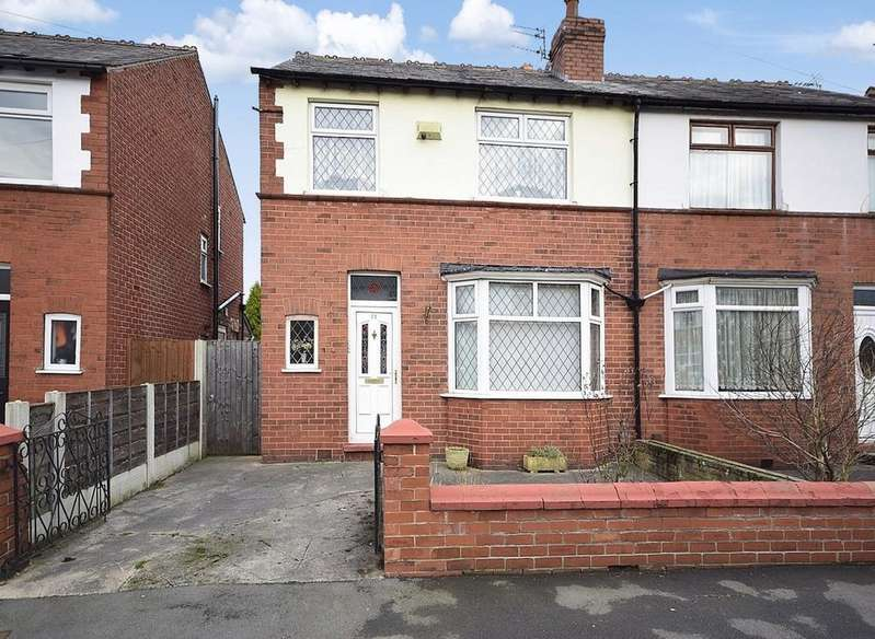 3 Bedrooms Semi Detached House for sale in Elm Road South, Cheadle Heath