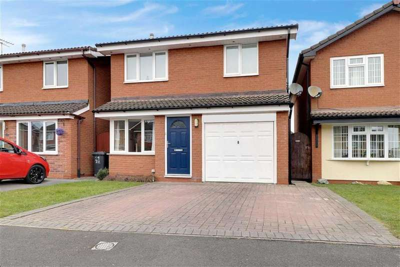 3 Bedrooms Detached House for sale in Ardleigh Close, Crewe