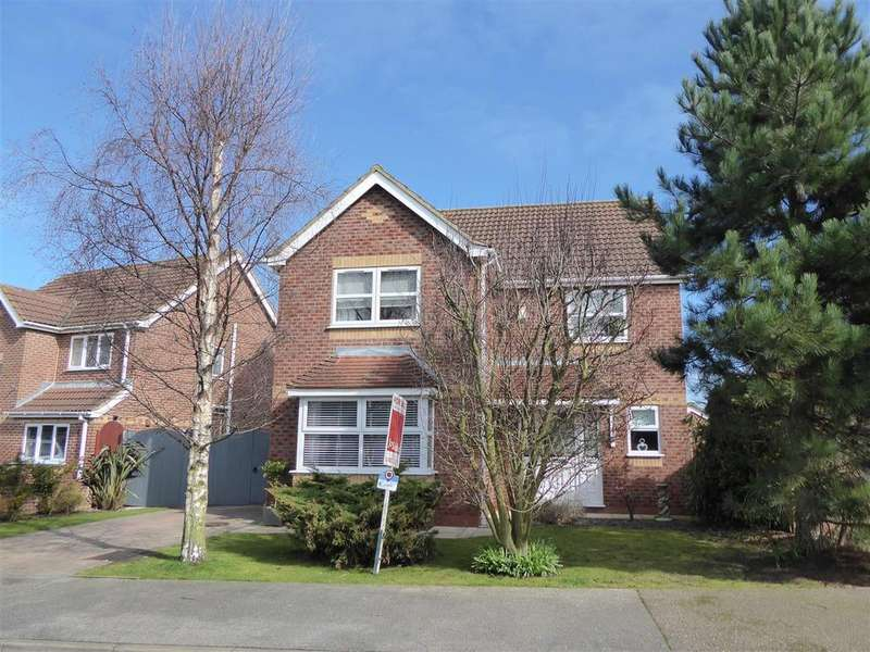 4 Bedrooms Detached House for sale in Garrick Lane, New Waltham