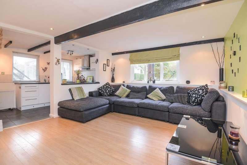 3 Bedrooms Detached House for sale in Woolhampton, West Berkshire, RG7