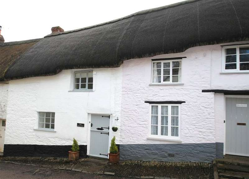 2 Bedrooms Terraced House for sale in East Street, Chulmleigh