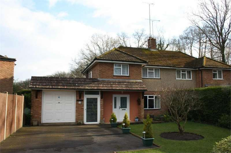 3 Bedrooms Semi Detached House for sale in Stovolds Way, Aldershot, Hampshire