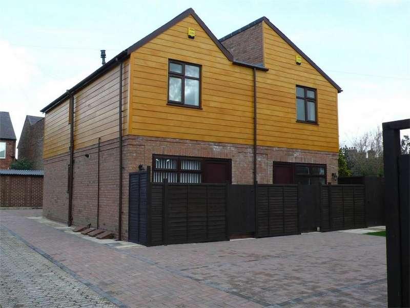 1 Bedroom Flat for sale in Trafalgar Court, South Bank, York