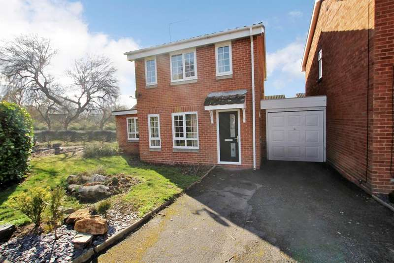 3 Bedrooms Detached House for rent in Beckett Close, Redditch, B98 8SR