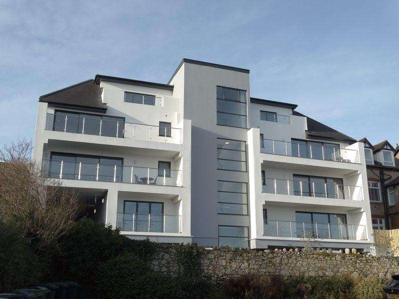2 Bedrooms Apartment Flat for sale in Apartment 2 Gwynt Y Mor Apartments, Rhos on Sea