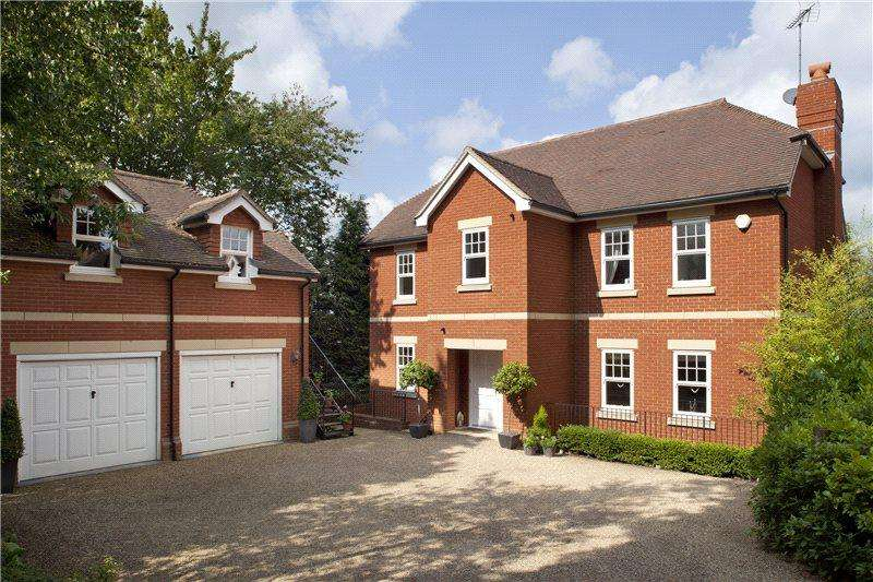 5 Bedrooms Detached House for rent in Farnaby Drive, Sevenoaks, Kent, TN13