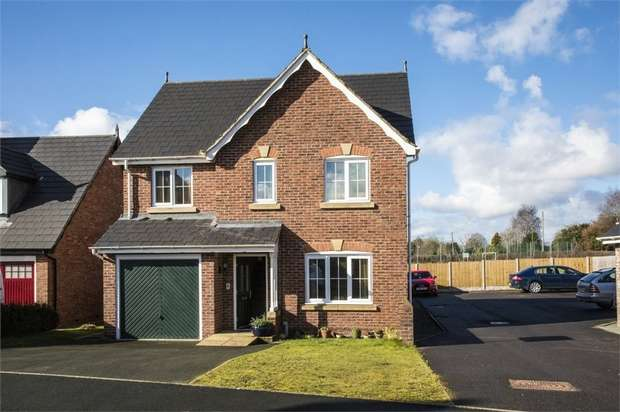4 Bedrooms Detached House for sale in Parc Llwyfen, Llanymynech, Powys