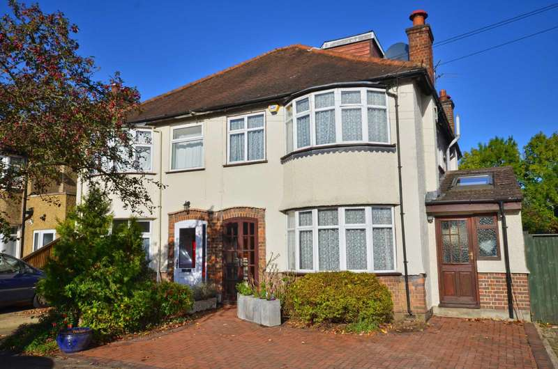 4 Bedrooms Semi Detached House for sale in Frankland Road, Croxley Green, Hertfordshire, WD3