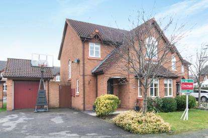 4 Bedrooms Detached House for sale in Barleymow Close, Great Sutton, Ellesmere Port, CH66
