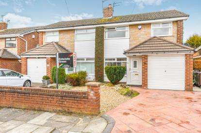 3 Bedrooms Semi Detached House for sale in Mallory Grove, St. Helens, Merseyside, WA11
