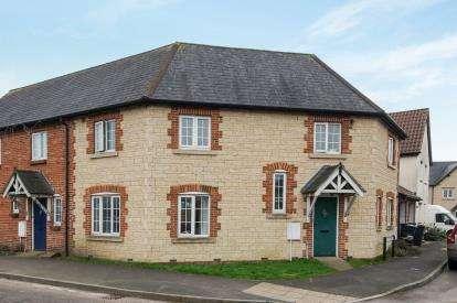 3 Bedrooms Semi Detached House for sale in Moor Lane, Wincanton, Somerset
