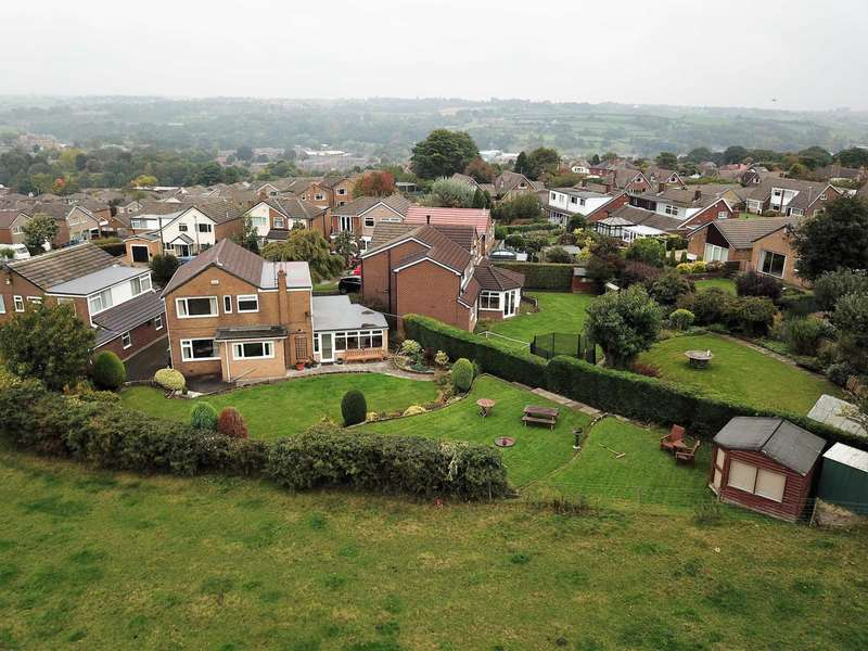 5 Bedrooms Detached House for sale in Ashbourne Croft, Cleckheaton