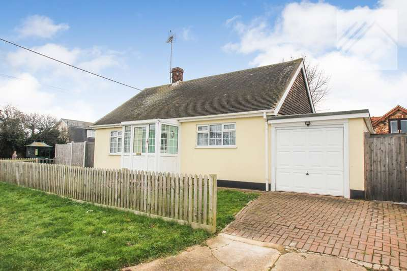 2 Bedrooms Bungalow for sale in Point Road, Canvey Island - MOVE STRAIGHT IN