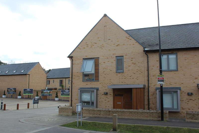 4 Bedrooms Semi Detached House for rent in Consort Avenue, Trumpington