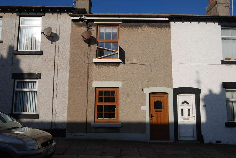 2 Bedrooms Terraced House for rent in Portsmouth Street, Walney, LA14 3AH