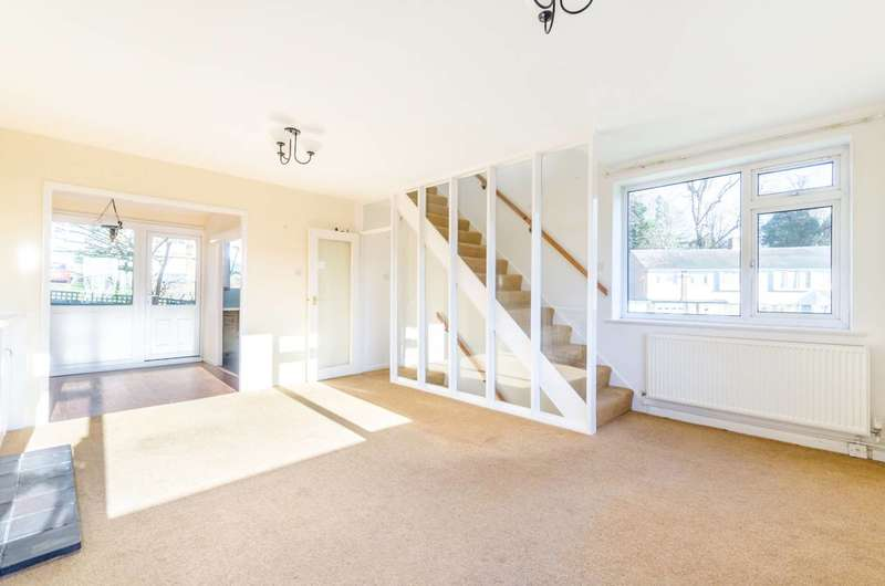4 Bedrooms House for rent in Buckleigh Way, Crystal Palace, SE19