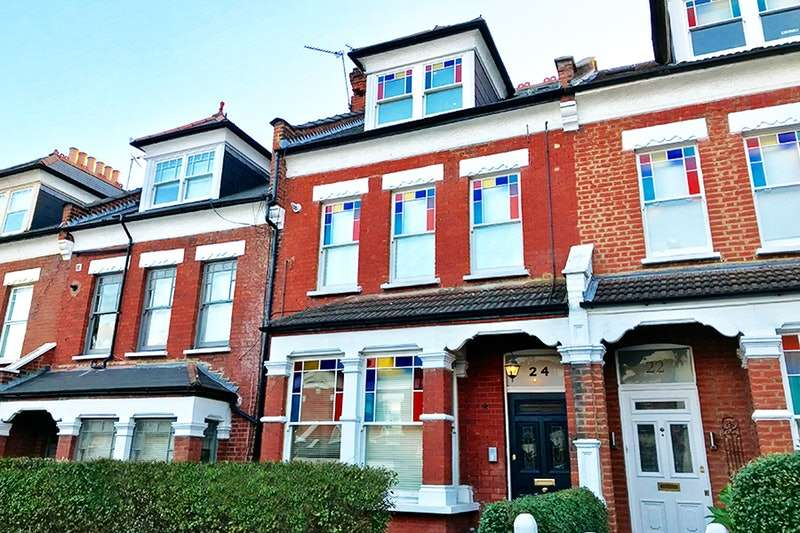 1 Bedroom Flat for sale in Glebe Road, London, London, N8