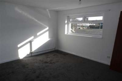 2 Bedrooms Terraced House for rent in Dinsdale Drive, Deane BL3