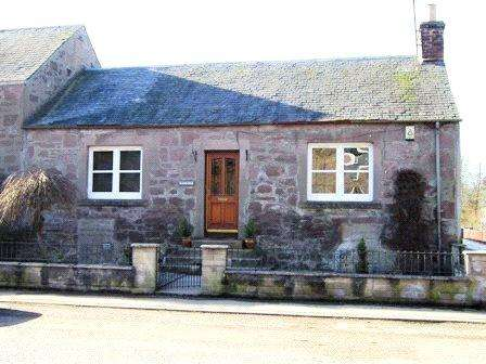 2 Bedrooms House for rent in Kinloss, Main Street, Bankfoot, Perth, PH1