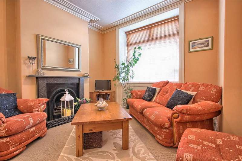 2 Bedrooms Terraced House for sale in High Street West, Redcar