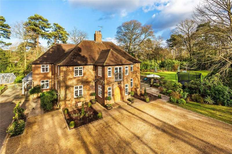 6 Bedrooms Detached House for sale in Longdown Road, Lower Bourne, Farnham, Surrey, GU10