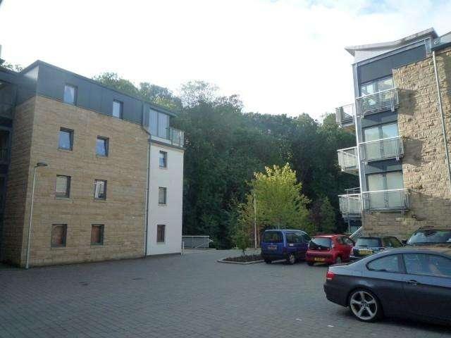 3 Bedrooms Flat for rent in Bells Mills, Dean Village, Edinburgh, EH4 3DG