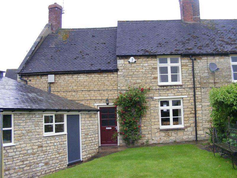 2 Bedrooms Semi Detached House for rent in Barrowden