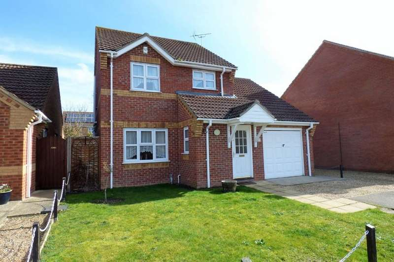 3 Bedrooms Detached House for sale in Burrow Drive, Lakenheath