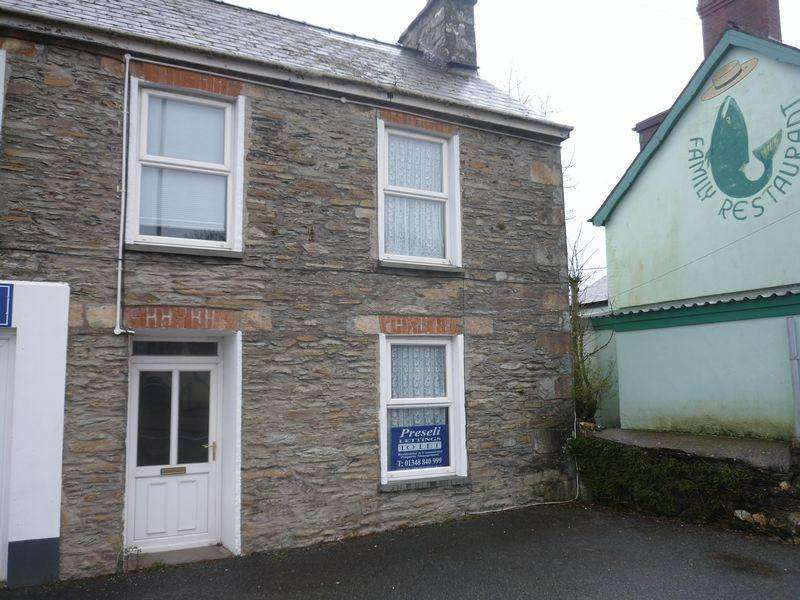 4 Bedrooms Semi Detached House for rent in Haverfordwest Road, Letterston, Haverfordwest