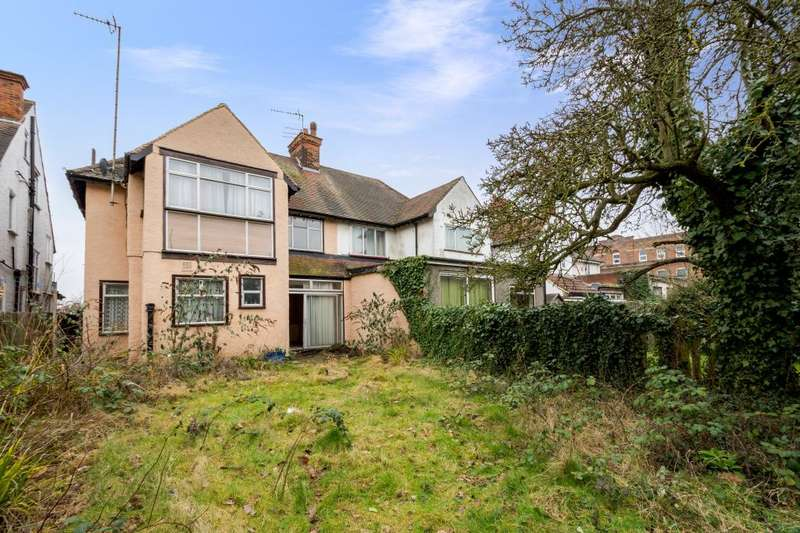 4 Bedrooms Semi Detached House for sale in Golders Green Road, Golders Green, NW11 9AT