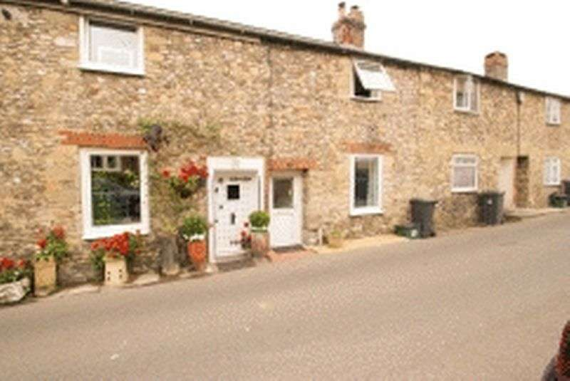 2 Bedrooms Property for sale in Musbury Road, Axminster