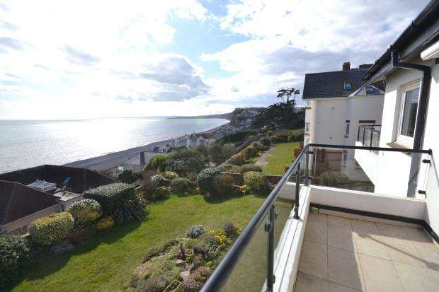 3 Bedrooms Flat for sale in White Lodge, 10 Coastguard Road, Budleigh Salterton, Devon