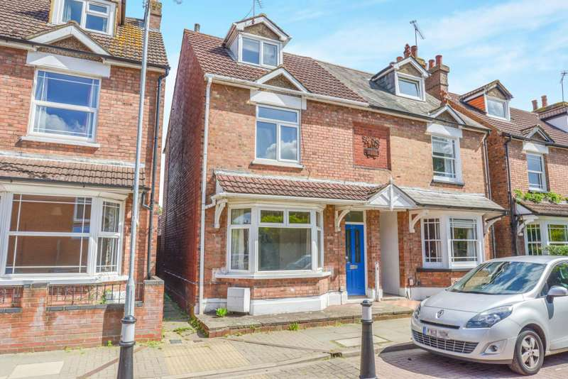 3 Bedrooms Semi Detached House for rent in Woodstock Road South, St Albans