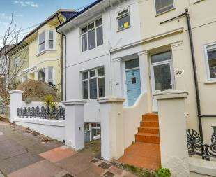 2 Bedrooms Flat for sale in Hamilton Road, Brighton, East Sussex