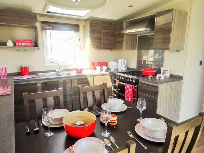 2 Bedrooms Caravan Mobile Home for sale in Porthcawl, Bridgend