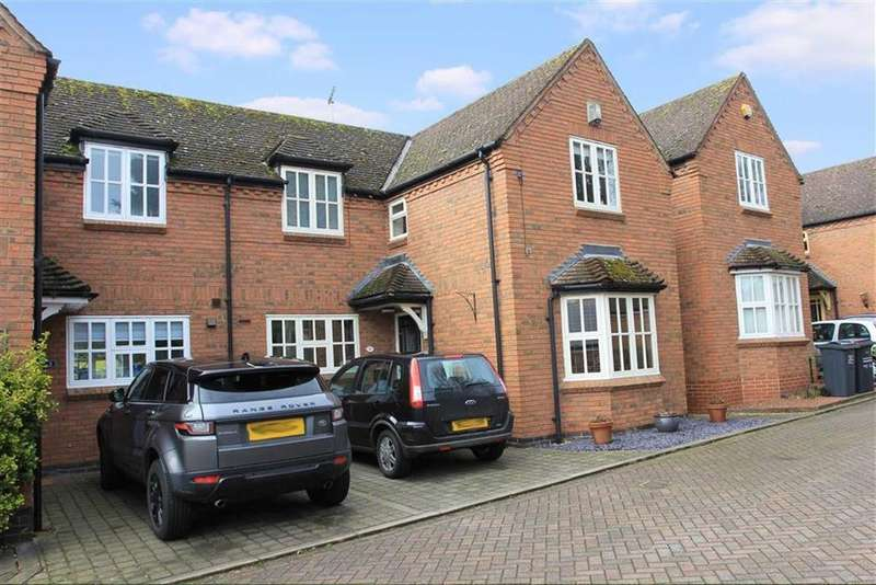 3 Bedrooms Semi Detached House for sale in Paddock Close, Rothley, Leicestershire